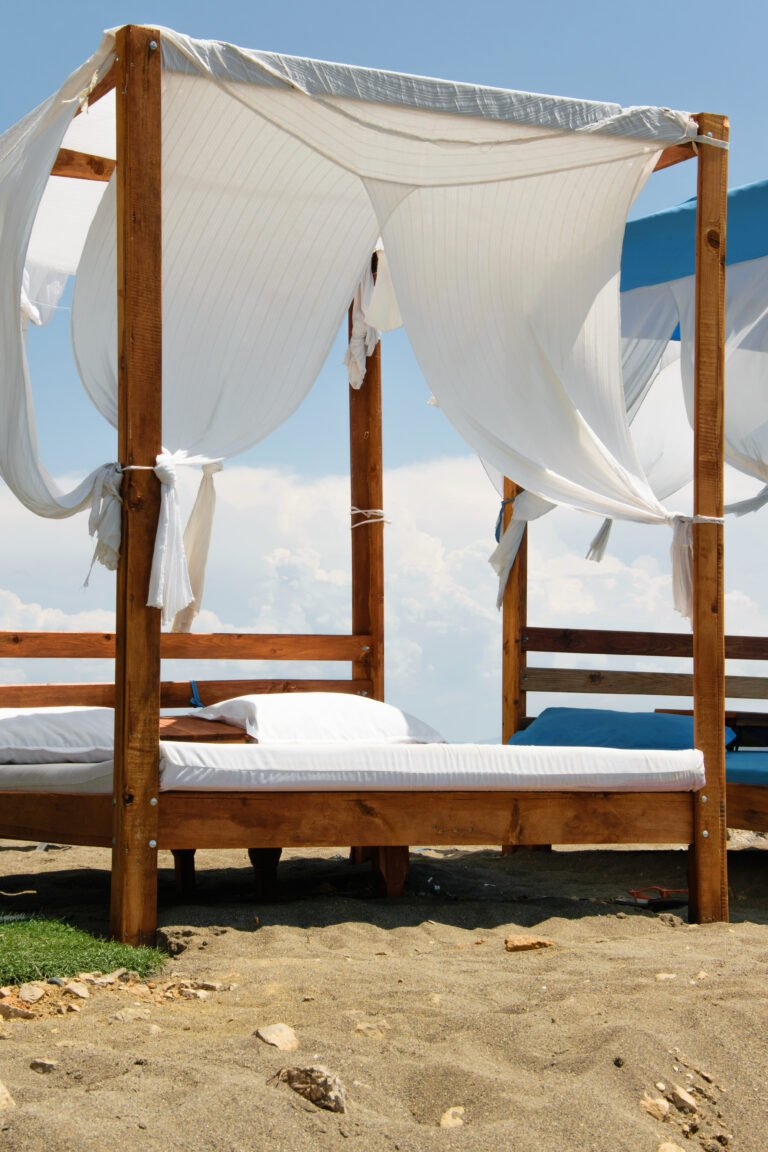 5  Reasons Why To Add An Outdoor Bed To Your Space