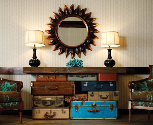 how-to-reuse-old-suitcases-in-home-decor-15