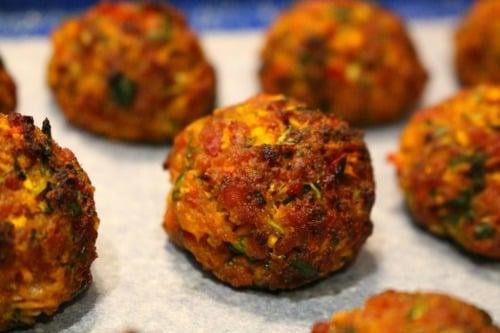 Baked-meatballs-chorizo-1024x683