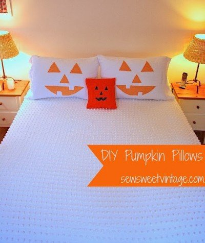 diy pumpkin pillows