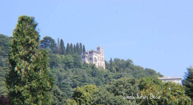villa in the mountain of lake como