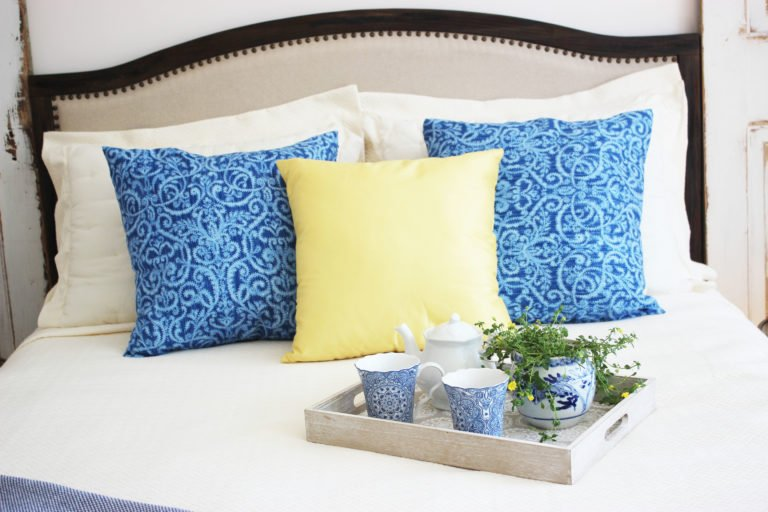 How To Make Mediterranean Decorative Pillows In 6 Easy Steps