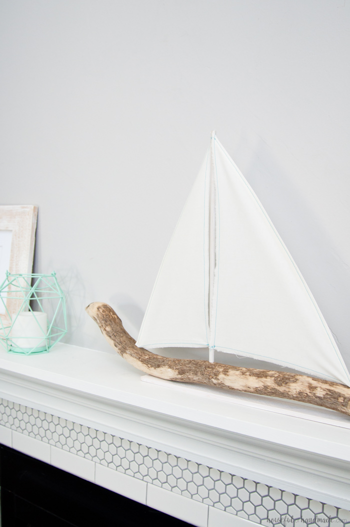 Simple nature decor for Diy driftwood sailboat