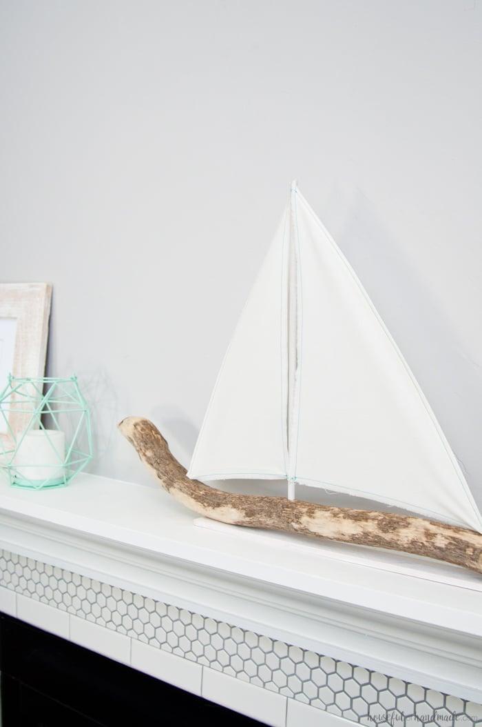 DIY-Driftwood-Sailboat-Decor-5