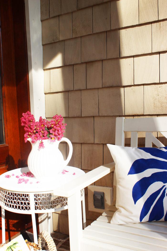 D.I.Y. Decor: Bermuda Breeze Pillow Stencil