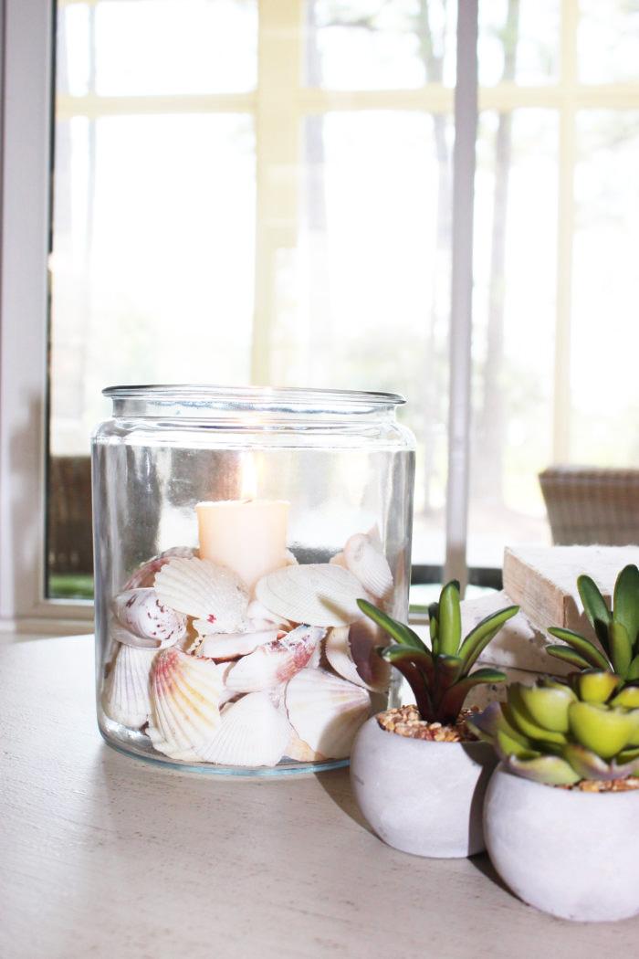 DIY Coastal Candle In a Jar
