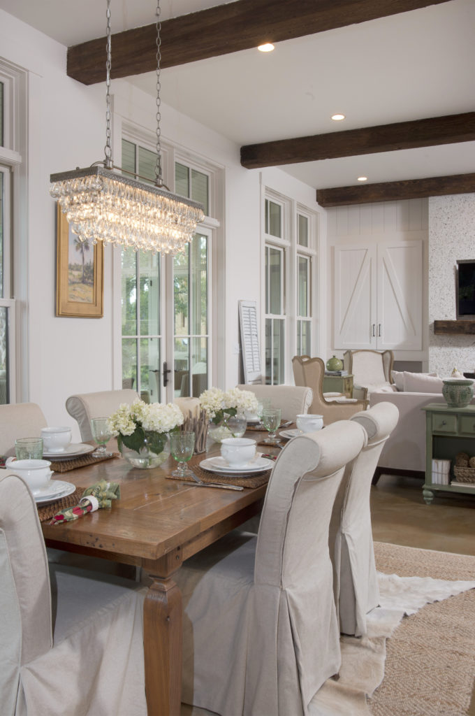 ELEMENTS TO CREATE A WARM AND RUSTIC VIBE TO YOUR HOME