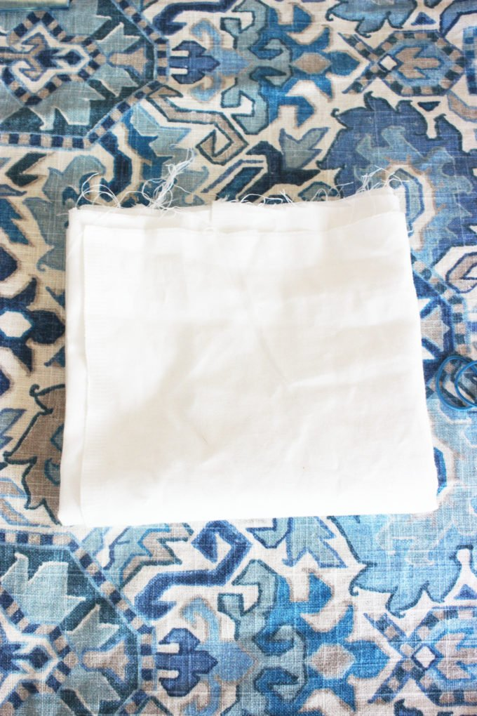 fabric for shibori technique:  4 Easy Steps On How To Make A Hand-Dyed Shibori Pillow Cover.