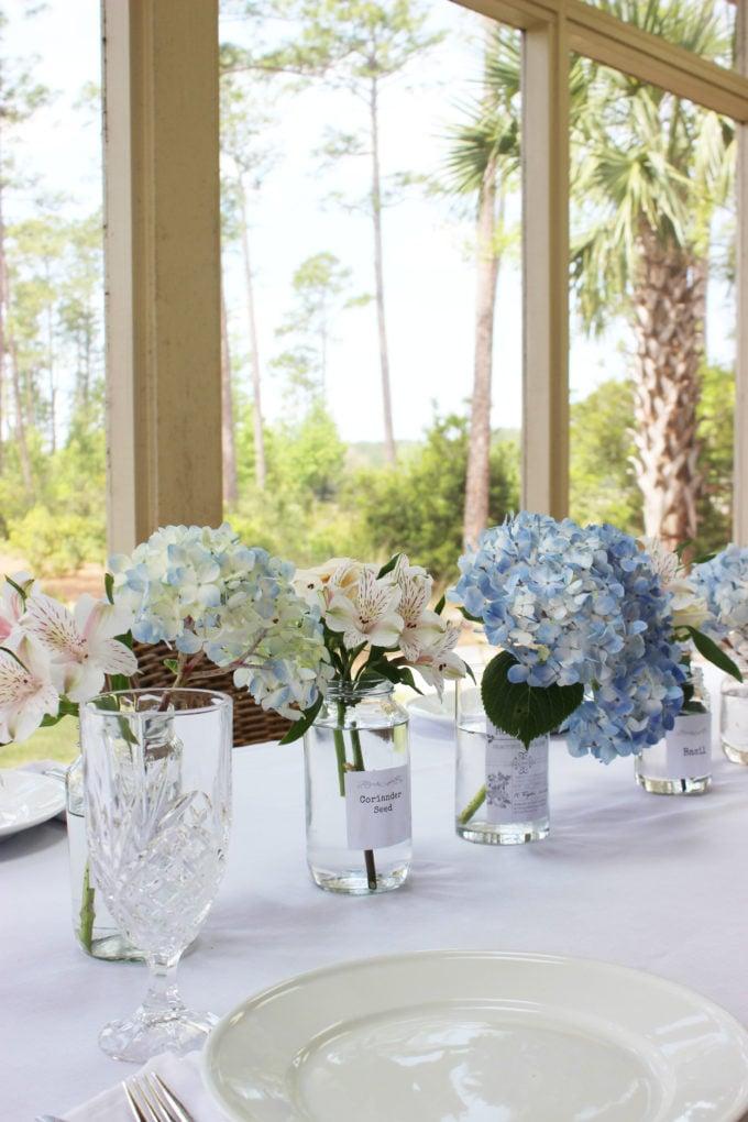 BLUE HYDRANGEAS TABLESCAPE FOR SUNDAYS EASTER DINNER