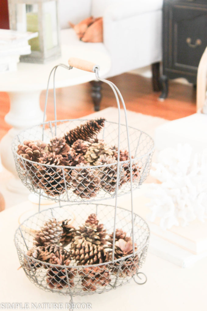 Easy Pinecone Table Decorations