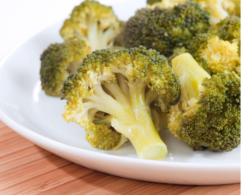 Broccoli florets:How To Prepare Crustless Ham and Broccoli Quiche