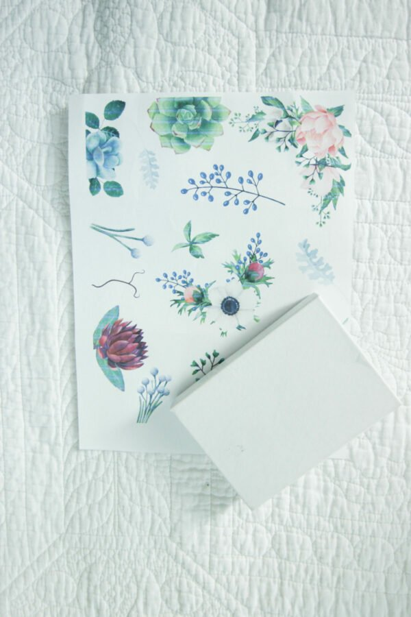 botanical printable6 Botanical Printables That Can Be Used for Gift Wrapping.