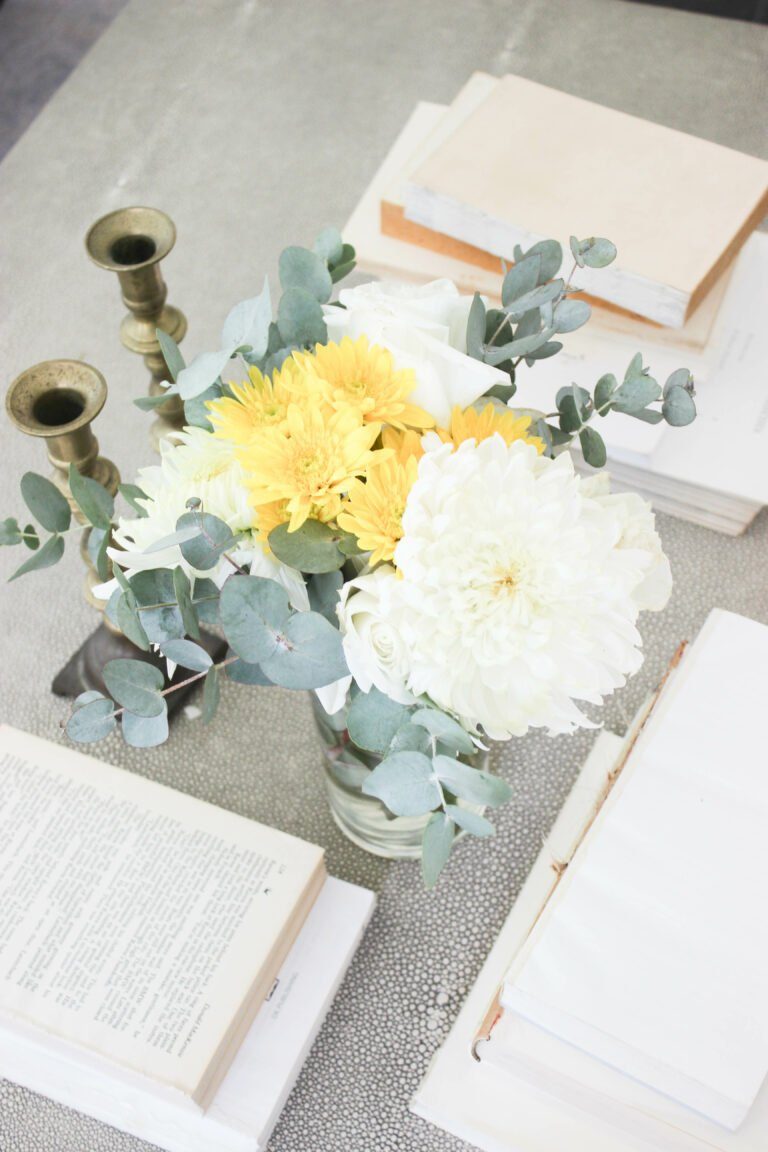 How To Make A Simple and Easy Floral Arrangement