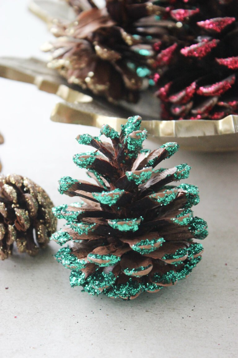 How To Glitter Pinecones With Your Kids