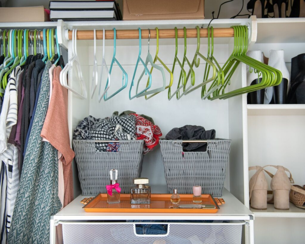 Organizing with baskets:How To Design His and Hers Walk In Closet