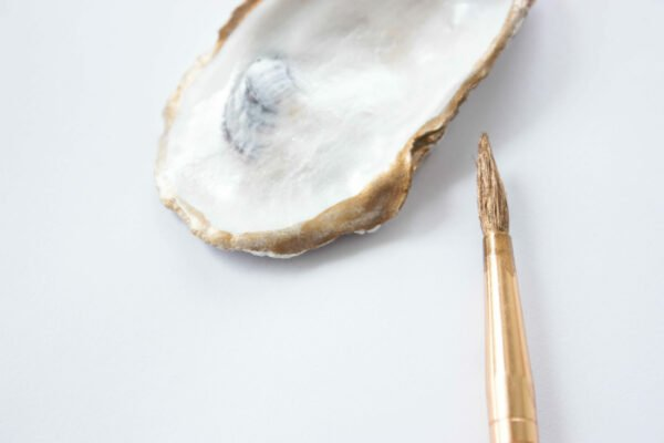 painting the oyster shell gold