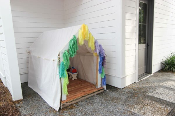 outdoor cedar playhouse How To Make The Cutest Outdoor Cedar Playhouse