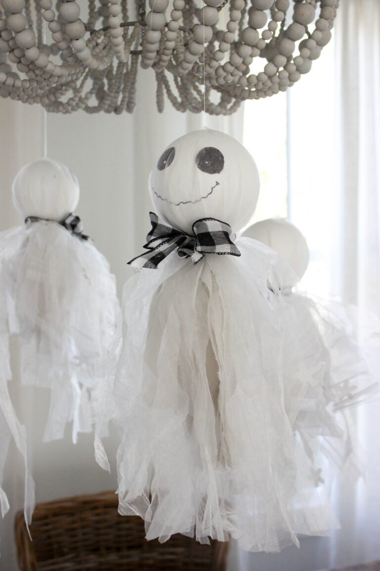 How To Make Halloween Hanging Ghosts Decorations