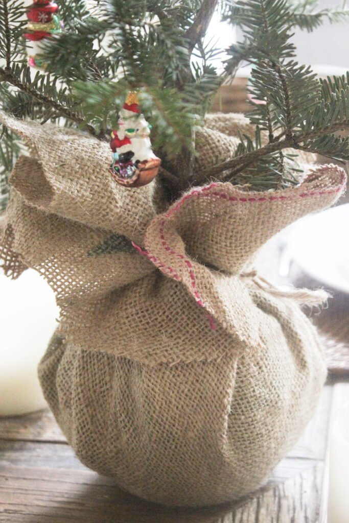 Burlap fabric for :How To Make A Tabletop Christmas Tree