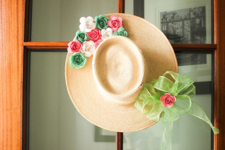 How To Make a Paper Flower Wreath Using Straw Hat