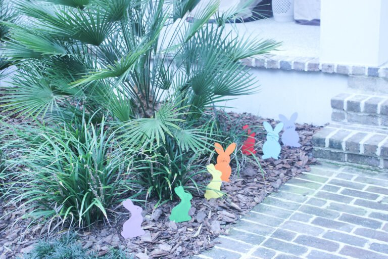 How To Make Wooden Easter  Bunnies For The Garden