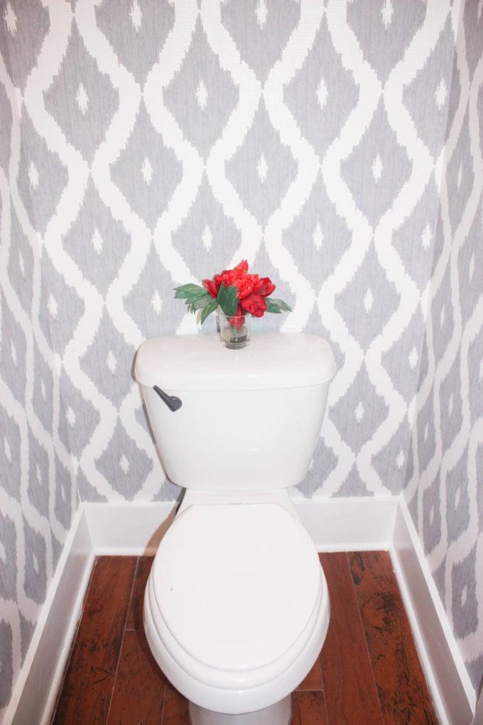 Small bathroom wallpaper: How to Wallpaper A Small Bathroom