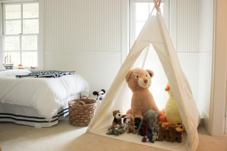 How To Hang Gender Neutral Wallpaper For Boys Bedroom