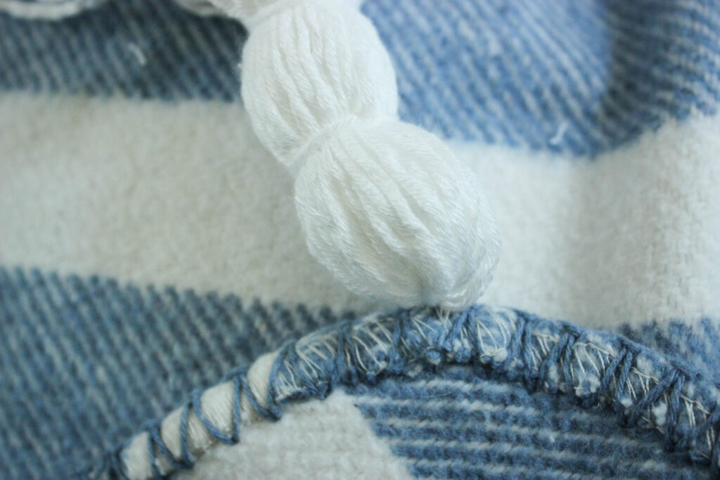 sewing tassel on blanket:How To Make Tassels For A Blanket