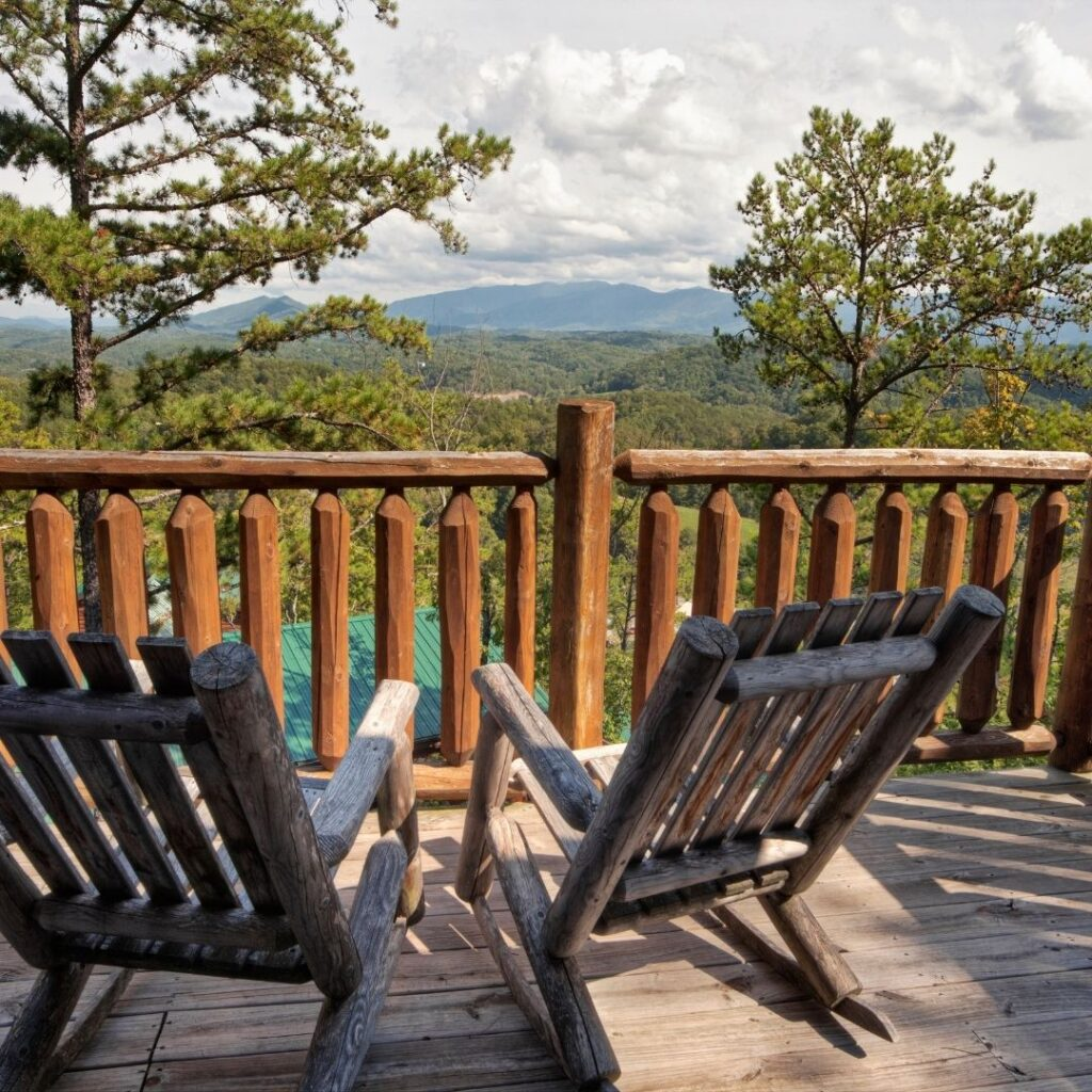 Adirondack chairs:15 MOUNTAIN HOME DECORATING IDEAS YOU WILL LOVE