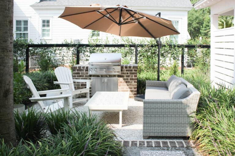 How To Set Up Cantilever Outdoor PAtio Umbrella