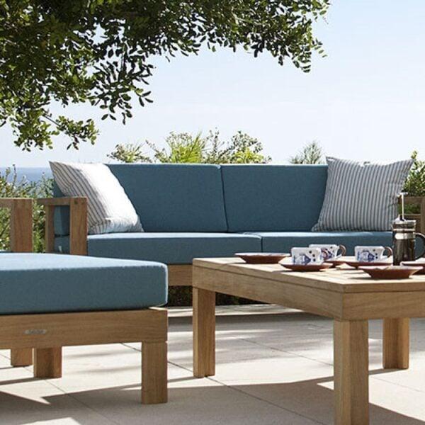 Teak Outdoor sofa:outdoor furniture ideas